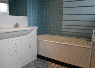 Les Hauts de Carol salle de bain